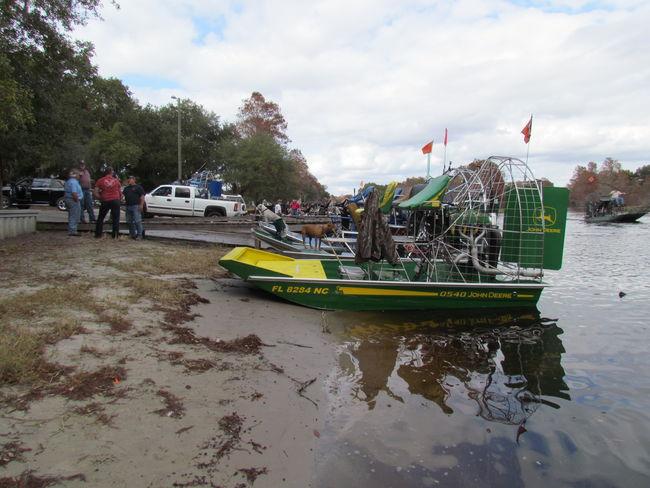 John Deere Boat : Eddie s john deere boat southern airboat picture gallery