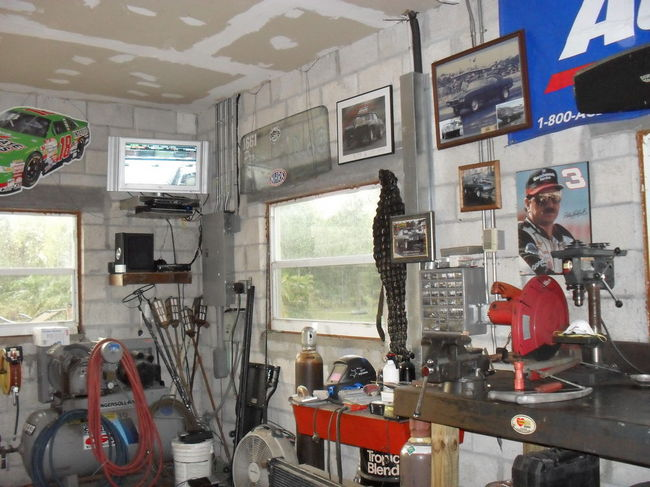 Man Cave Reality Show : Man cave southern airboat picture gallery archives