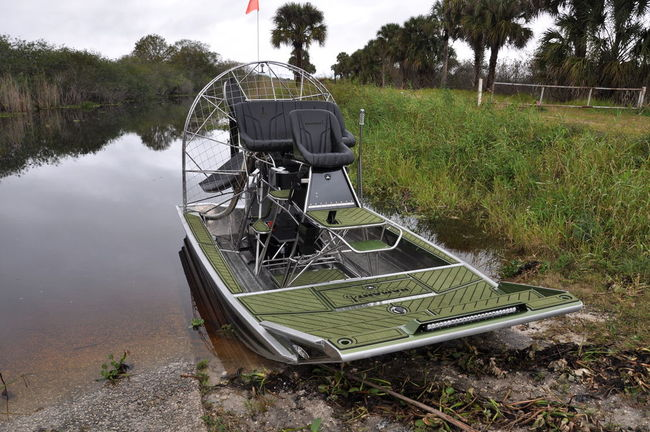 Hamant Airboats Images - Reverse Search